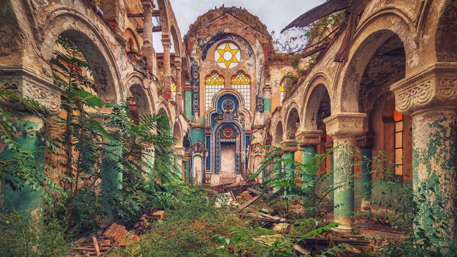 abandoned places worship haker buildings matthias paintings photographing forgotten structures photographer architecture beauty urbex artistic photographs