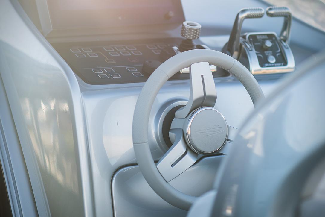 (Mercedes-Benz Style)