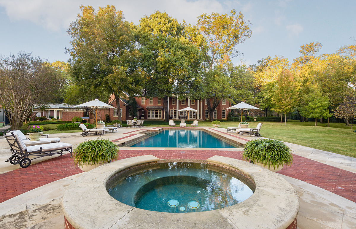 house from tv series u0027dallas u0027 hits the market for 13 million