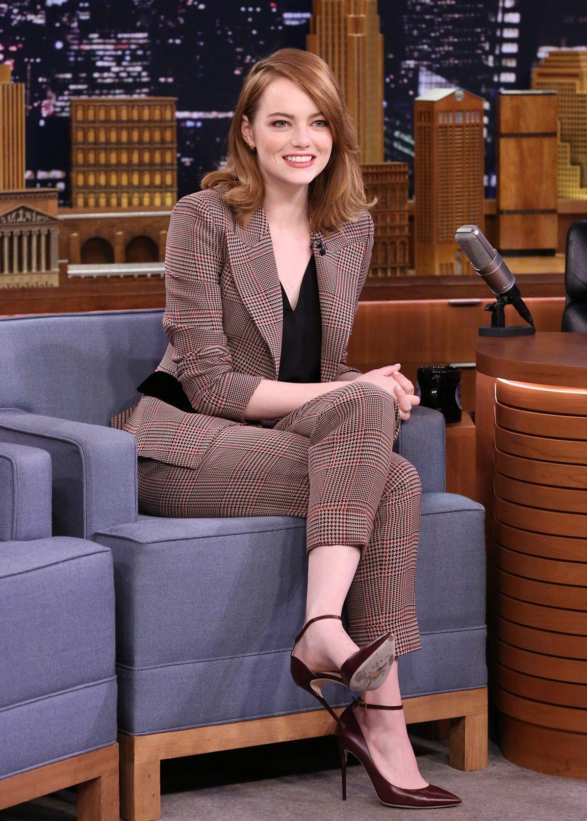 Emma Stone Takes the 'Whisper Challenge' on 'Fallon'