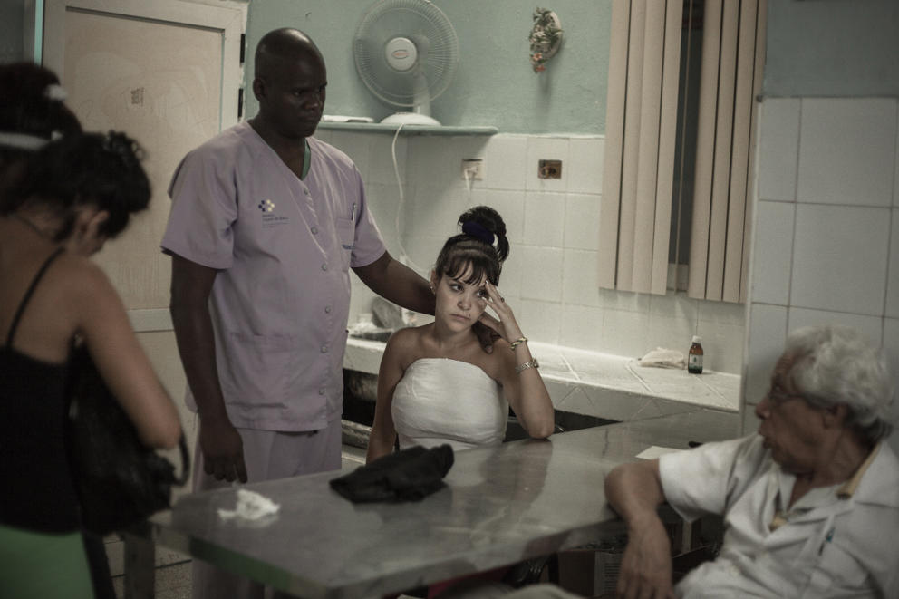 The series Waiting for the Candymen is a study of Cuban idiosyncrasy; an allegory of waiting: Waiting the right moment, waiting for tomorrow, waiting for something or someone who brings redemption. (Kirstin Schmitt/Sony World Photography Awards)