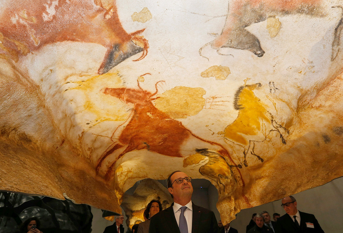 Lascaux Cave Paintings Replica