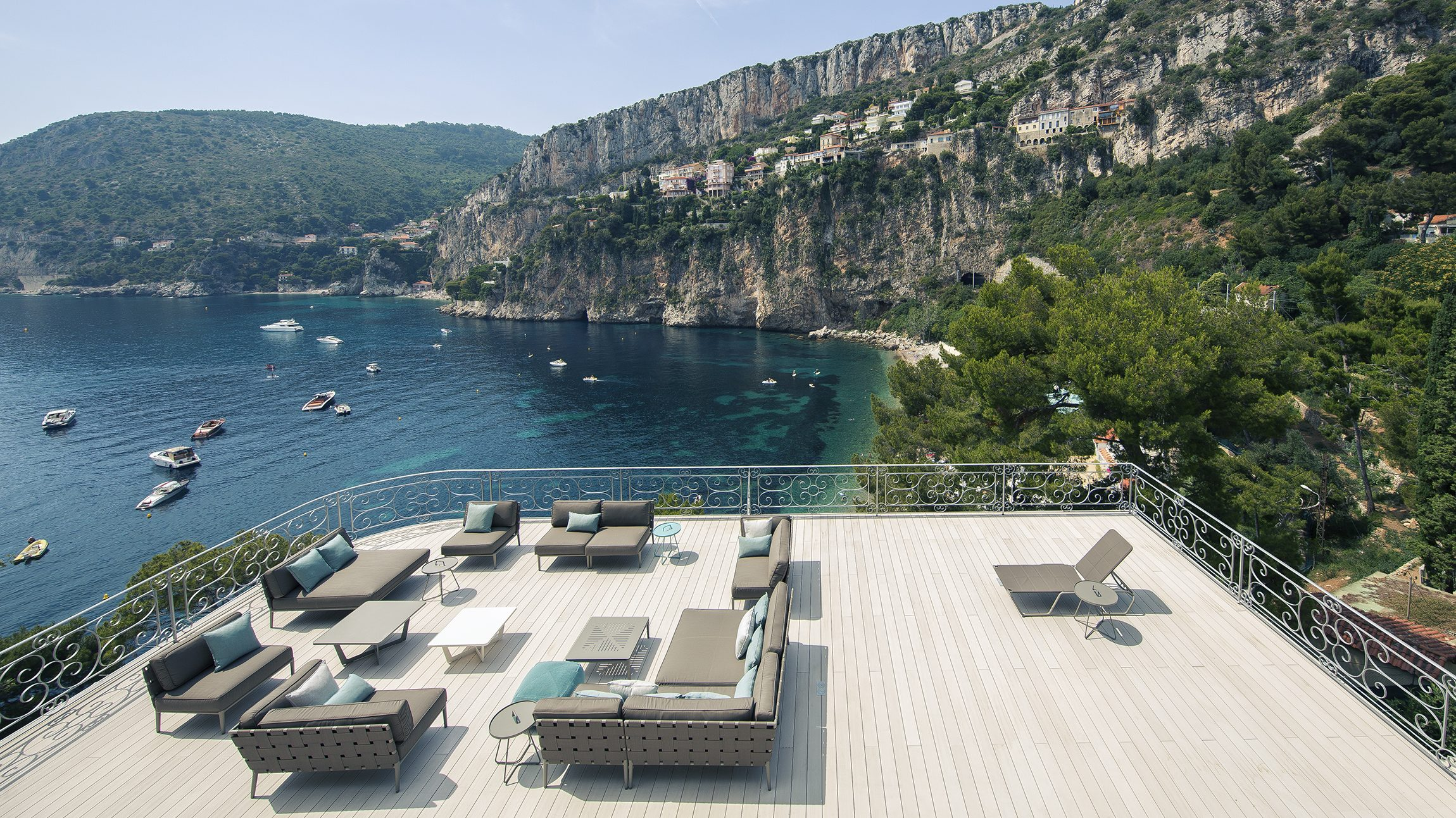 seven bedroom waterfront estate on the french riviera up. Black Bedroom Furniture Sets. Home Design Ideas