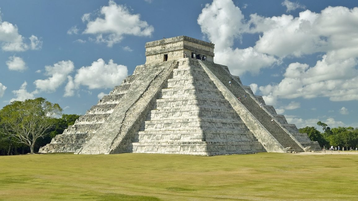 Archaeologists Offer New Insight Into the Maya Empire's Collapse(s)