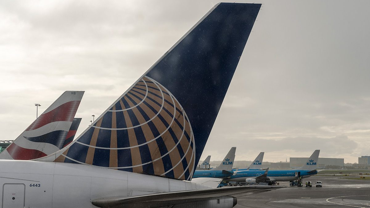 United Airlines Takes Responsibility in Passenger Dragging, Promises Major Changes
