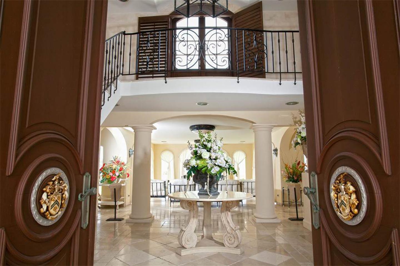 Le Chateau des Palmiers Property Photos