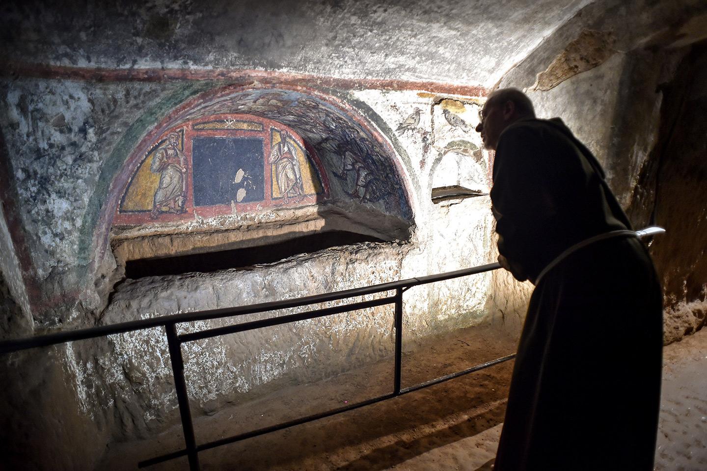 Restored fresco in Santa Domitilla