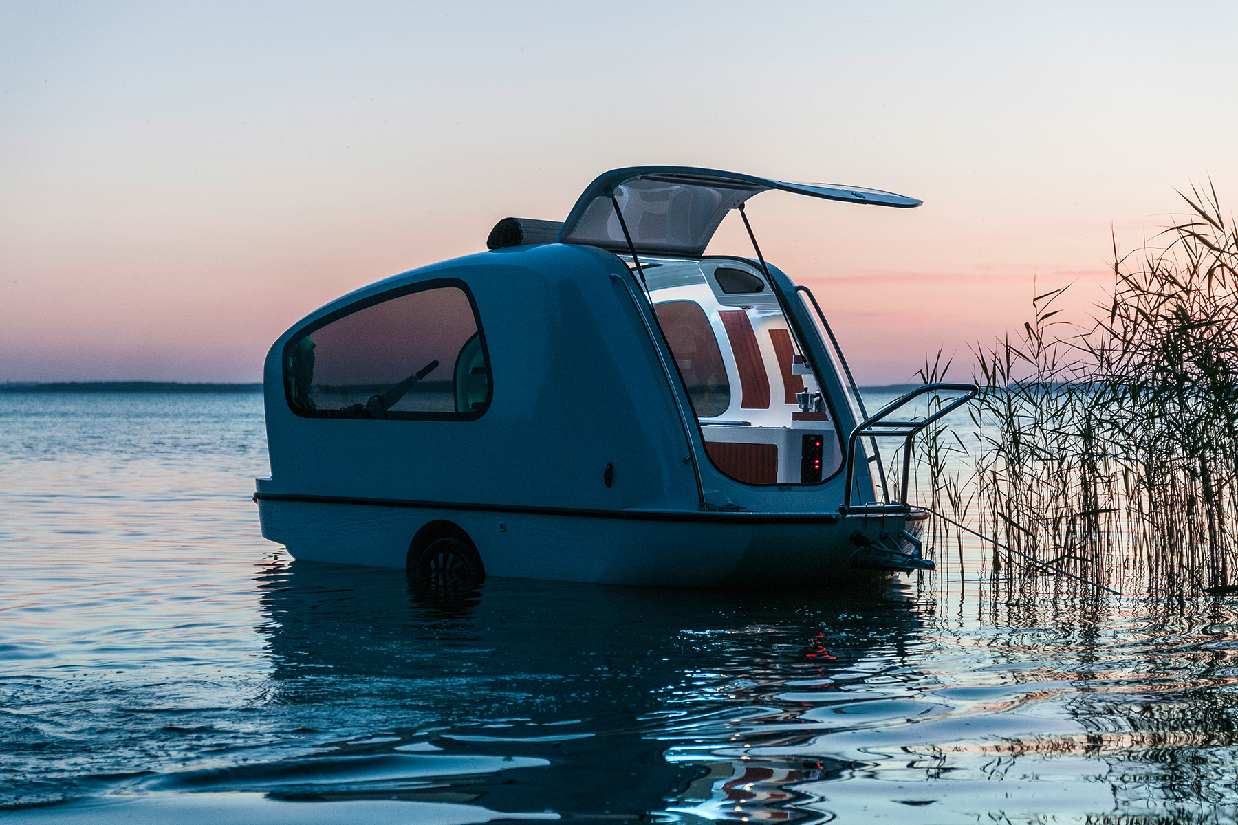 The Sealander Is an RV That Doubles as a Yacht