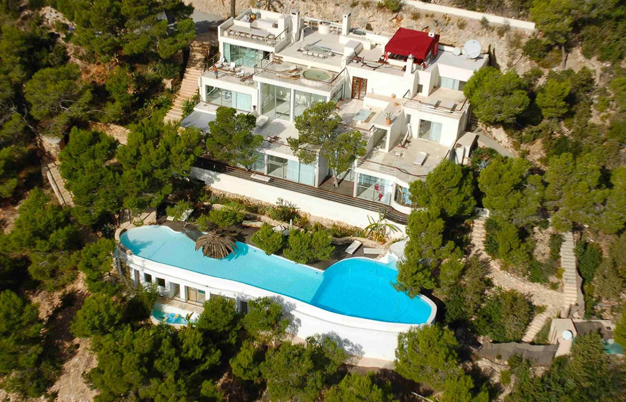 Exploring Ibiza, One Luxury Villa at a Time