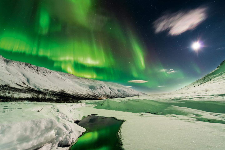 Chasing Light by Stefan Forster,