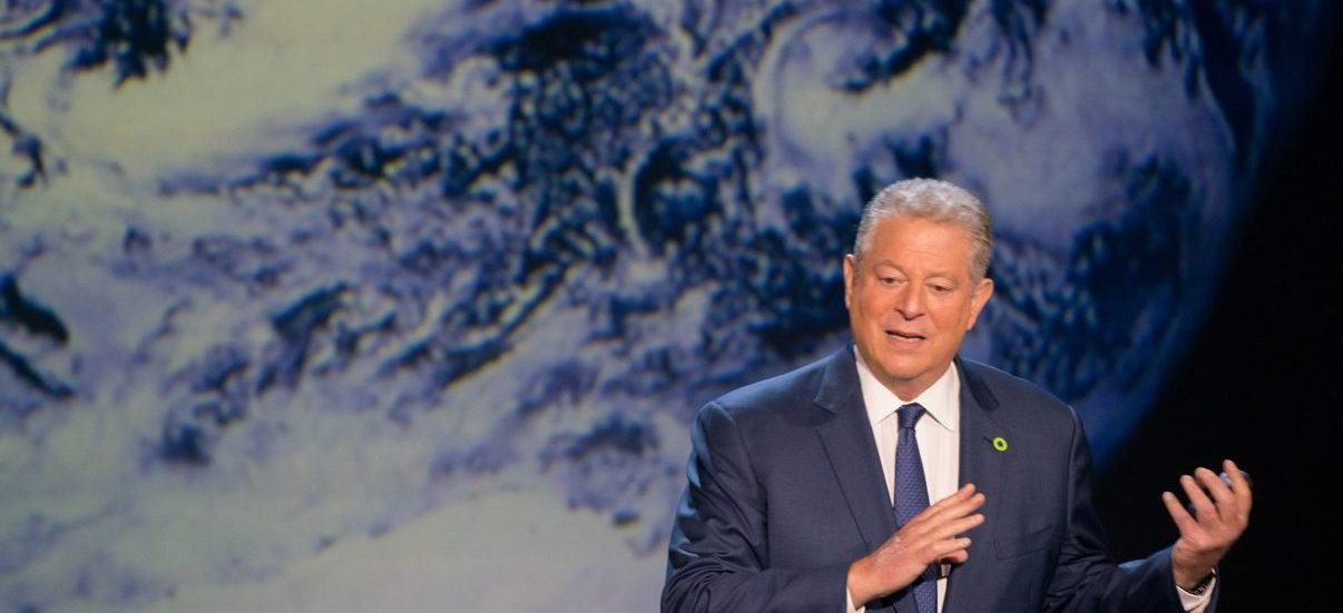 How Al Gore Handled Illegal Campaign Materials in 2000
