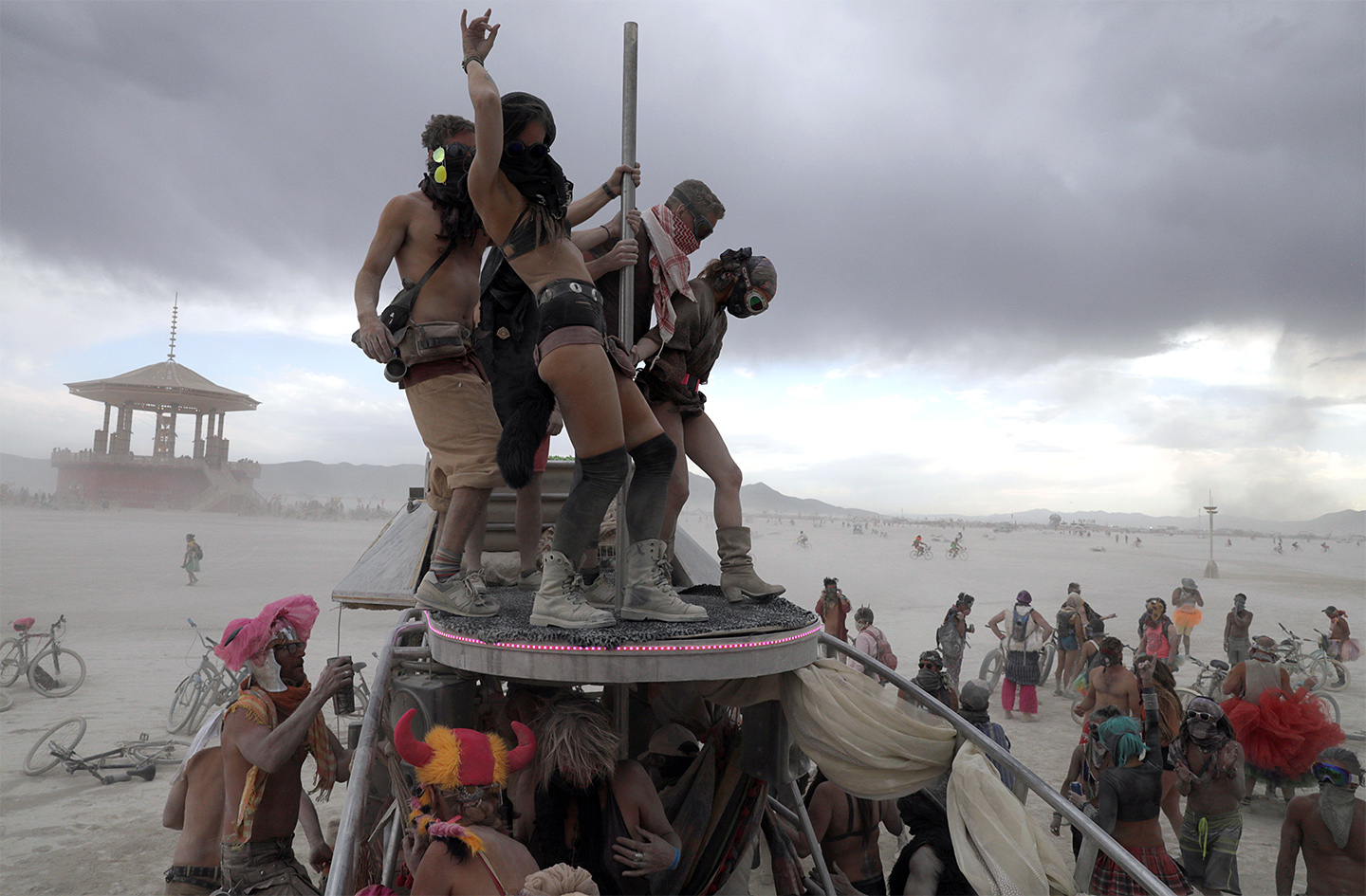 the burning man project The official burning man youtube channel this channel celebrates burning man's history, ethos, international community, and growing year-round culture here.