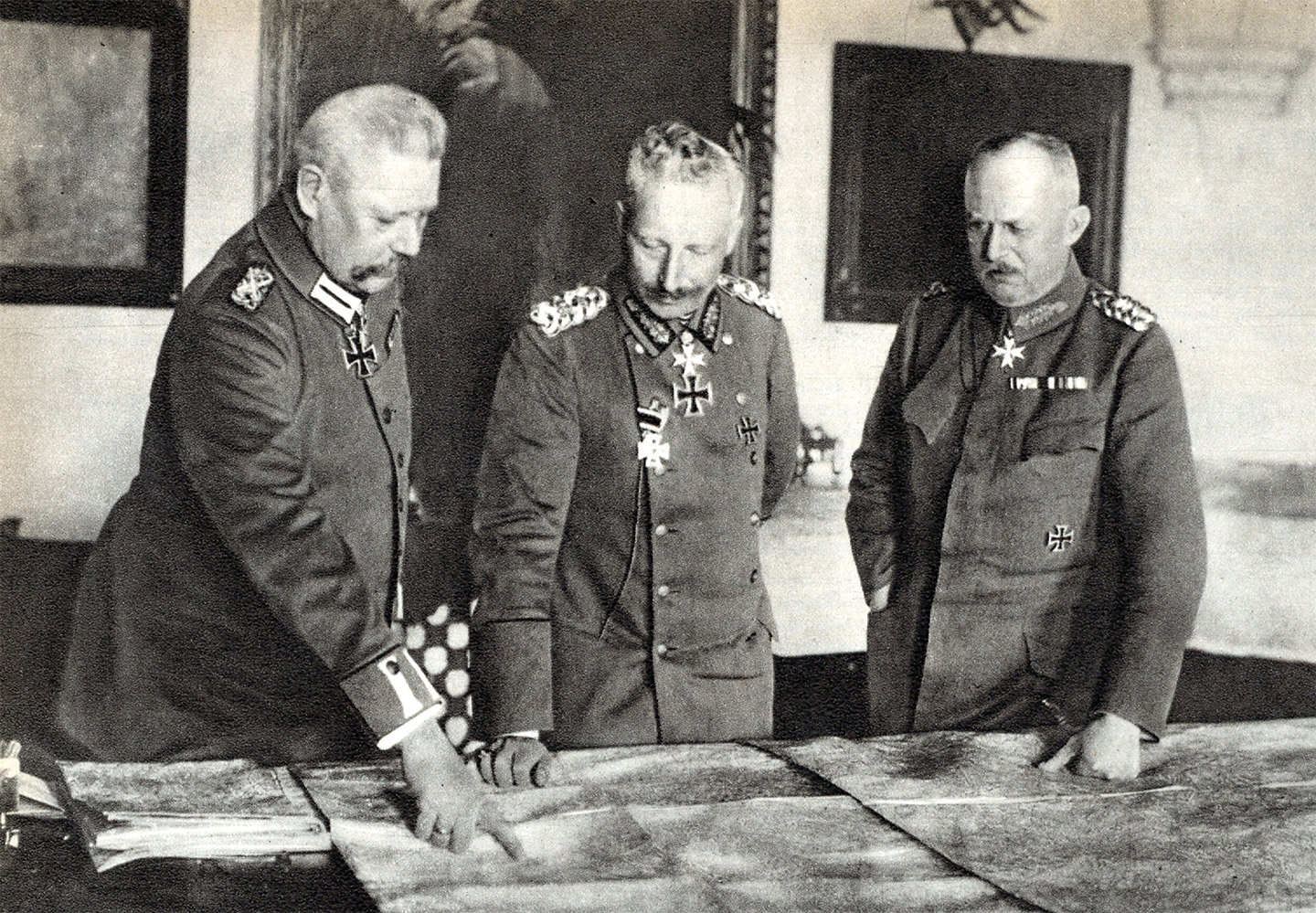 Paul von Hindenburg and Erich Ludendorff