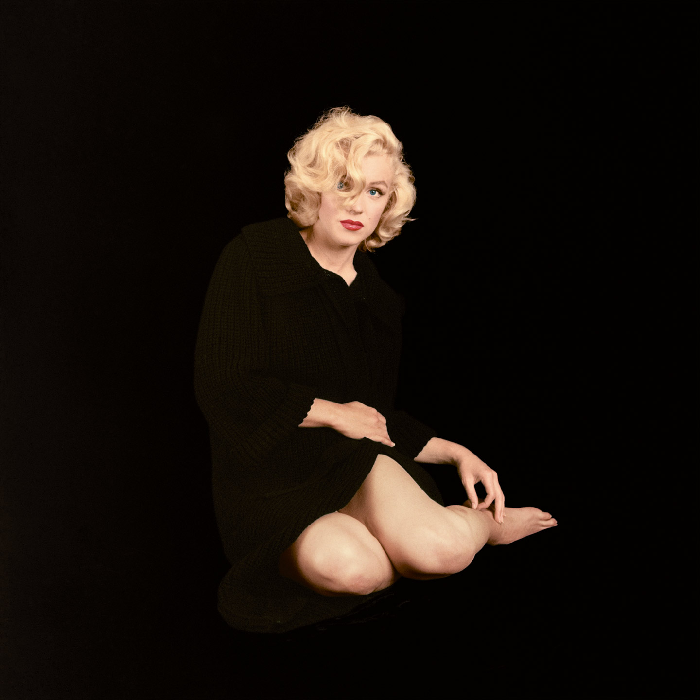 New Book Reveals Never Before Seen Marilyn Monroe Photos