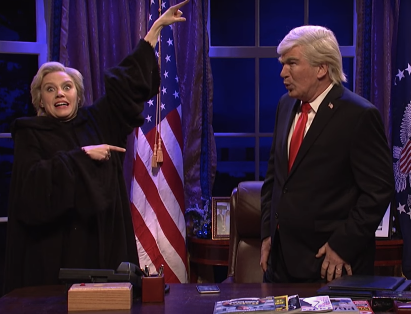 'SNL' Christmas Carol Parody Returns Baldwin as Trump