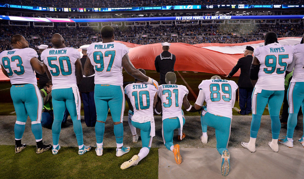 "Report: NFL and NFLPA Not ""Very Close"" to Reaching Anthem Protest Solution"