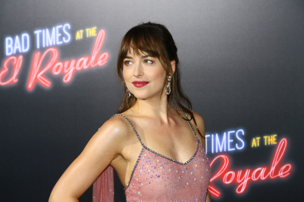 """Dakota Johnson Leads a Cast of Killer Dames in """"Bad Times at the El Royale"""""""