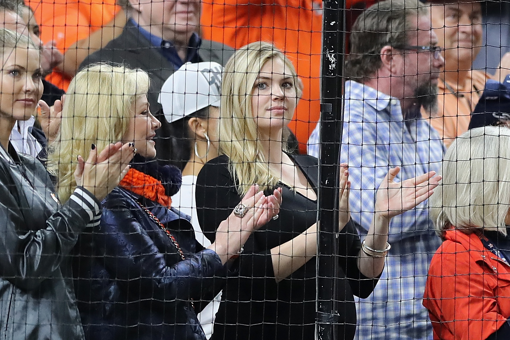 Kate Upton Rips MLB, Umpires for Questionable Call in Astros Game