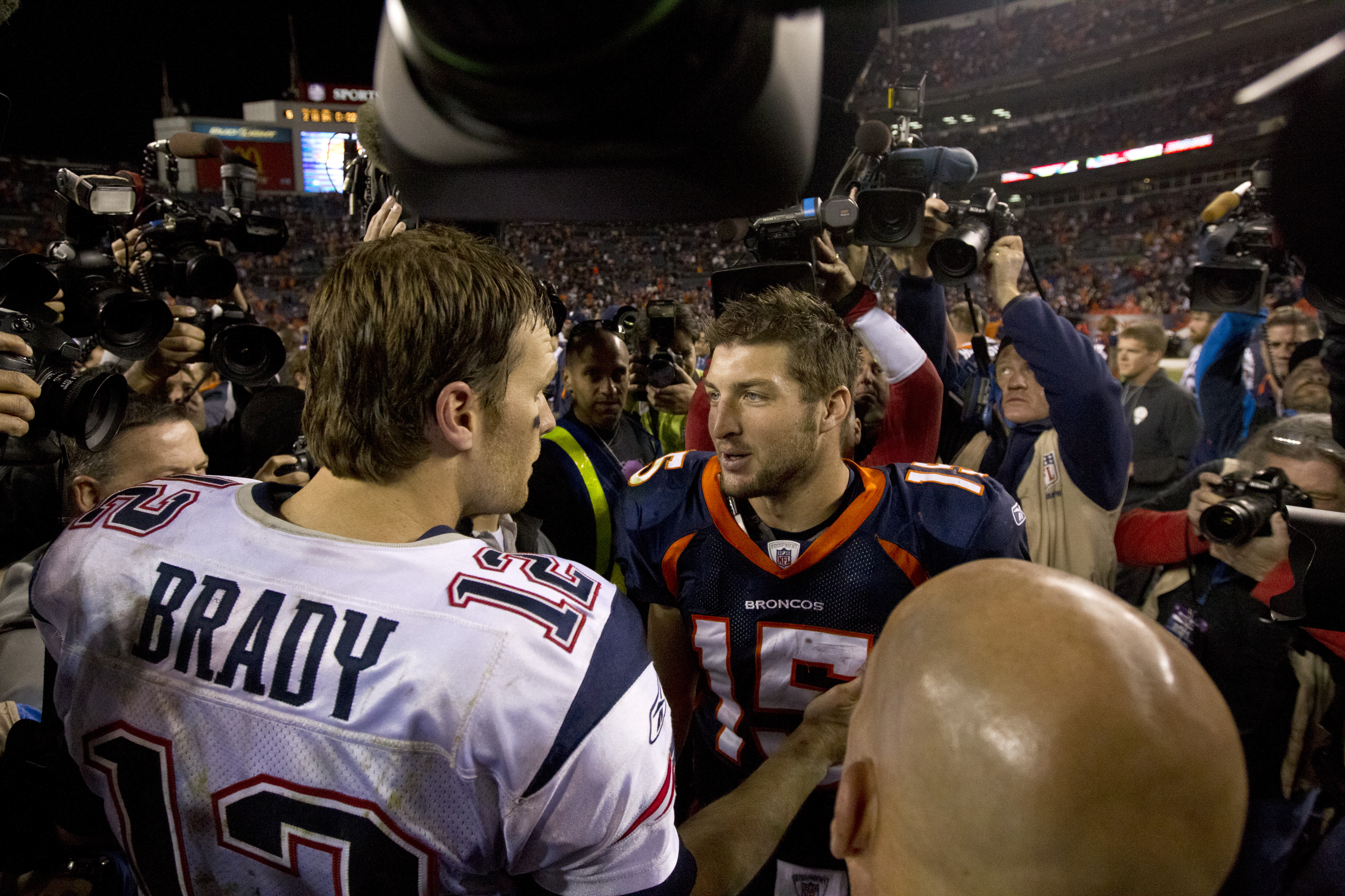 """Brady Turned to Tebow for Help """"Watching Over"""" Aaron Hernandez: Report"""
